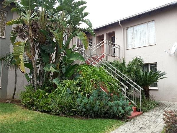 Roodepoort, Radiokop Property    Houses To Rent Radiokop, Radiokop, Apartment 1 bedrooms property to rent Price:,  5,00*