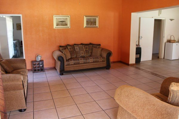 Unitas Park property for sale. Ref No: 12792390. Picture no 19