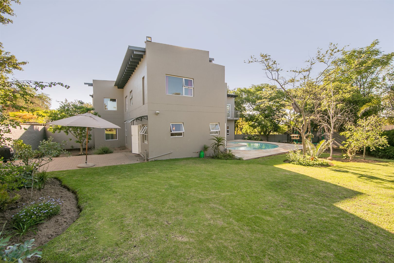 Fourways property for sale. Ref No: 13541891. Picture no 18