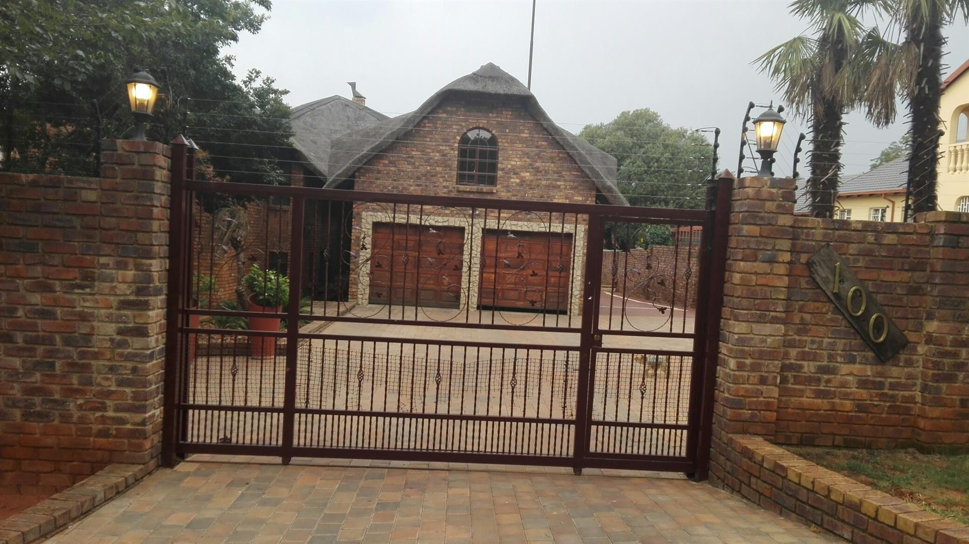 Zwartkop property for sale. Ref No: 13457293. Picture no 1