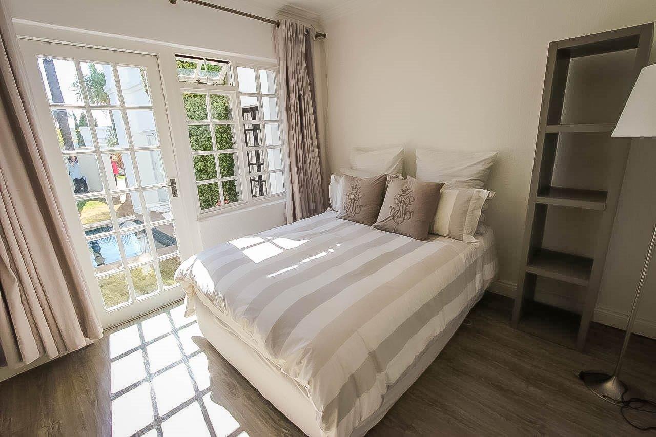 Fourways property to rent. Ref No: 13505281. Picture no 11