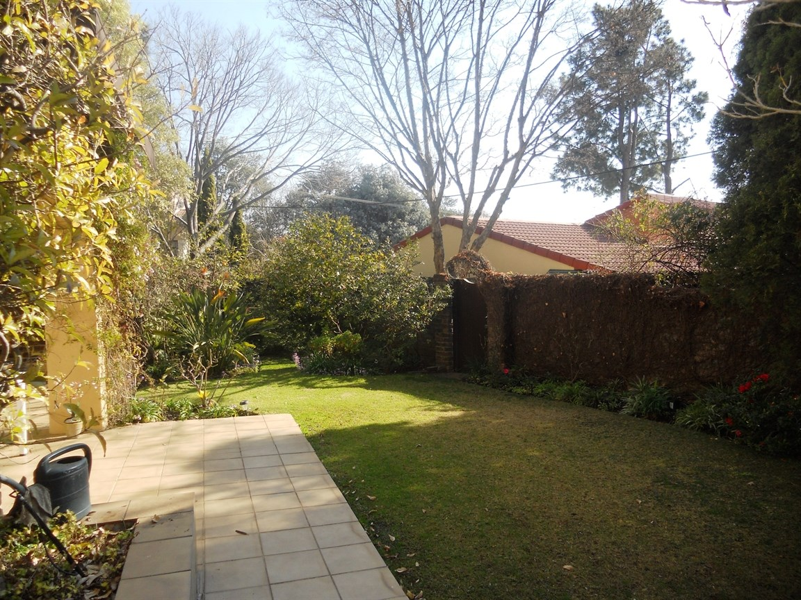 Bryanston property to rent. Ref No: 13526021. Picture no 3