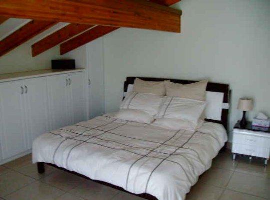 Alberante property for sale. Ref No: 13565489. Picture no 19