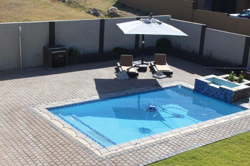 Blue Valley Golf Estate property for sale. Ref No: 13371077. Picture no 28