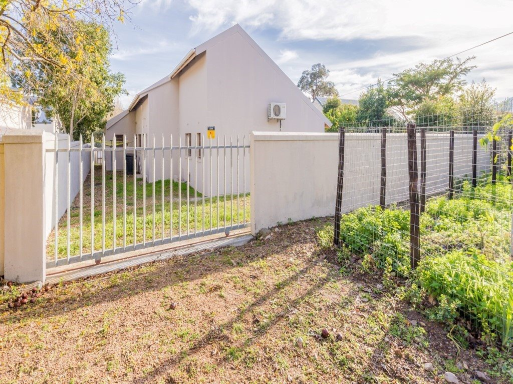 Franschhoek property for sale. Ref No: 13353946. Picture no 22