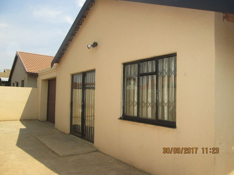 Soweto, Protea Glen Property  | Houses For Sale Protea Glen, Protea Glen, House 2 bedrooms property for sale Price:600,000