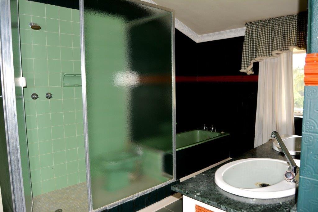 Woodgrange property for sale. Ref No: 13413908. Picture no 21