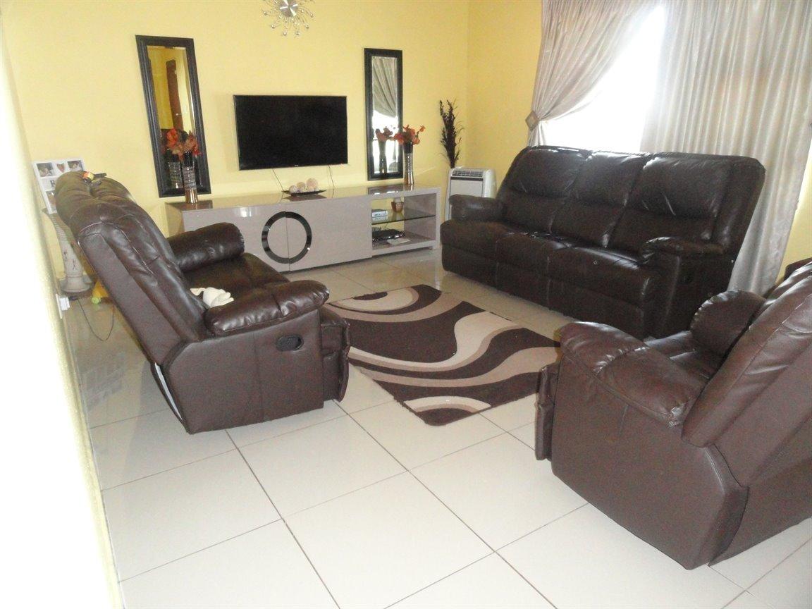 Esikhawini, Esikhawini Property    Houses For Sale Esikhawini, Esikhawini, House 3 bedrooms property for sale Price:650,000