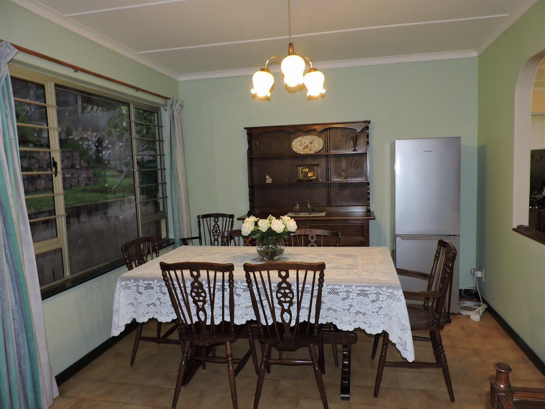 Amanzimtoti property for sale. Ref No: 13605301. Picture no 12