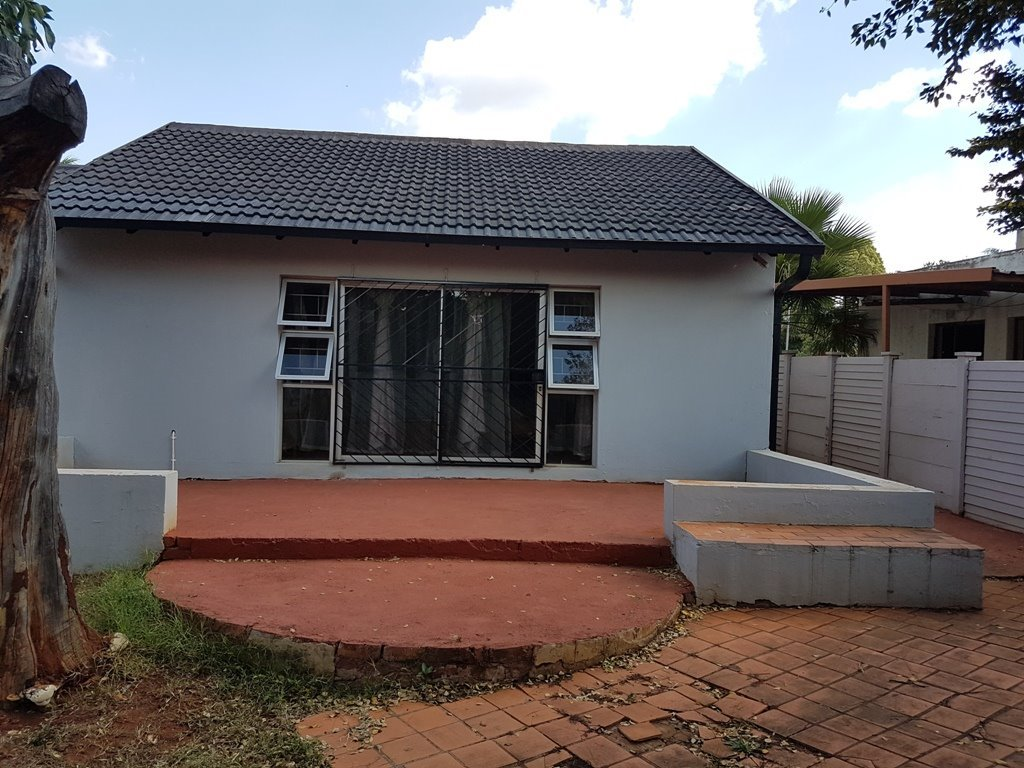 Property and Houses for sale in The Orchards, House, 3 Bedrooms - ZAR 1,057,000
