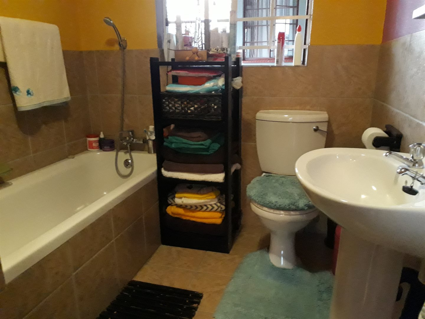 Olievenhoutbosch property for sale. Ref No: 13543173. Picture no 16