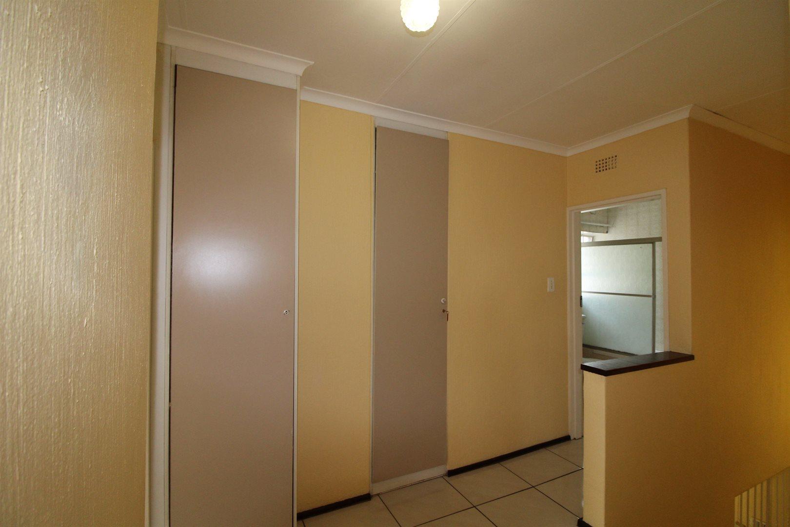 Bryanston property for sale. Ref No: 13552406. Picture no 22