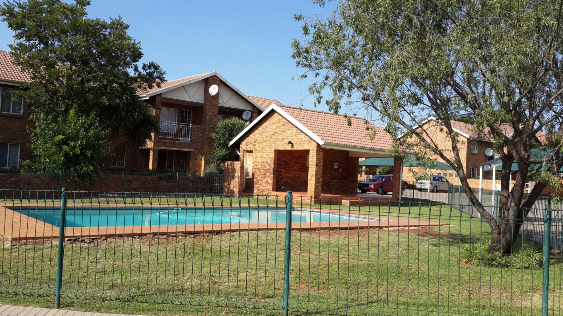 Property to Rent by Yvette Hutton, Apartment, 2 Bedrooms - ZAR ,  6,00*,M