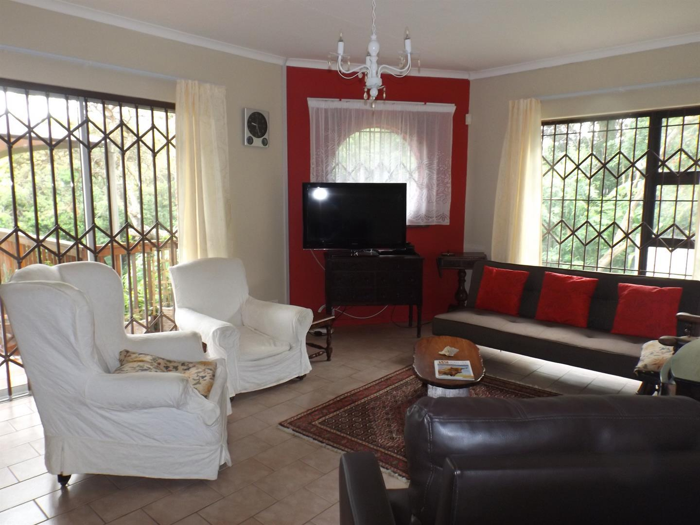 Beacon Bay property for sale. Ref No: 13434208. Picture no 15