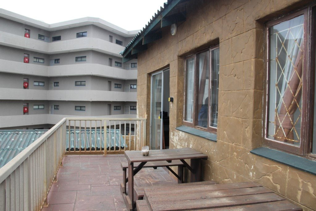 Margate property for sale. Ref No: 13387390. Picture no 11