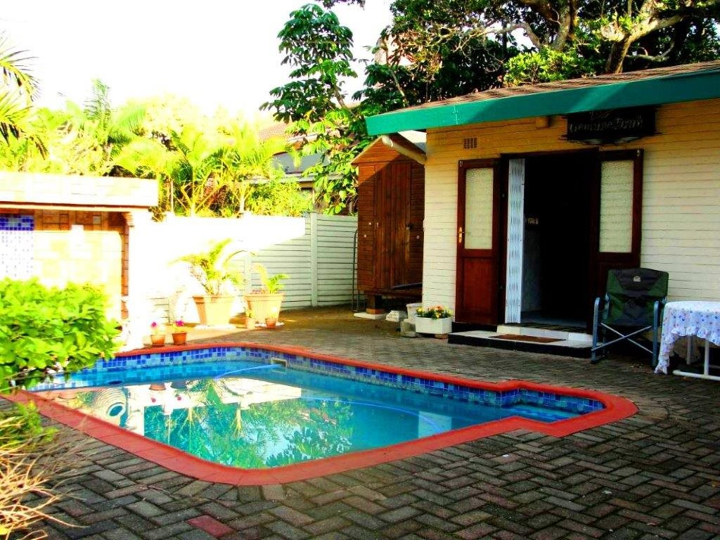 Uvongo property for sale. Ref No: 12796684. Picture no 3