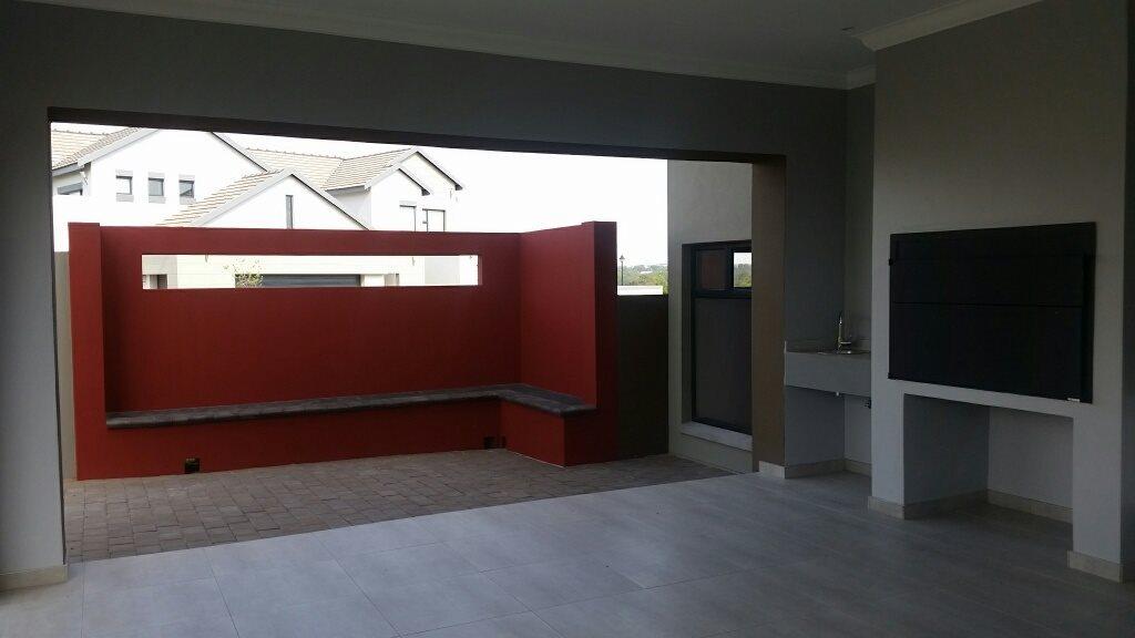 Midstream Ridge Estate property for sale. Ref No: 13379169. Picture no 3