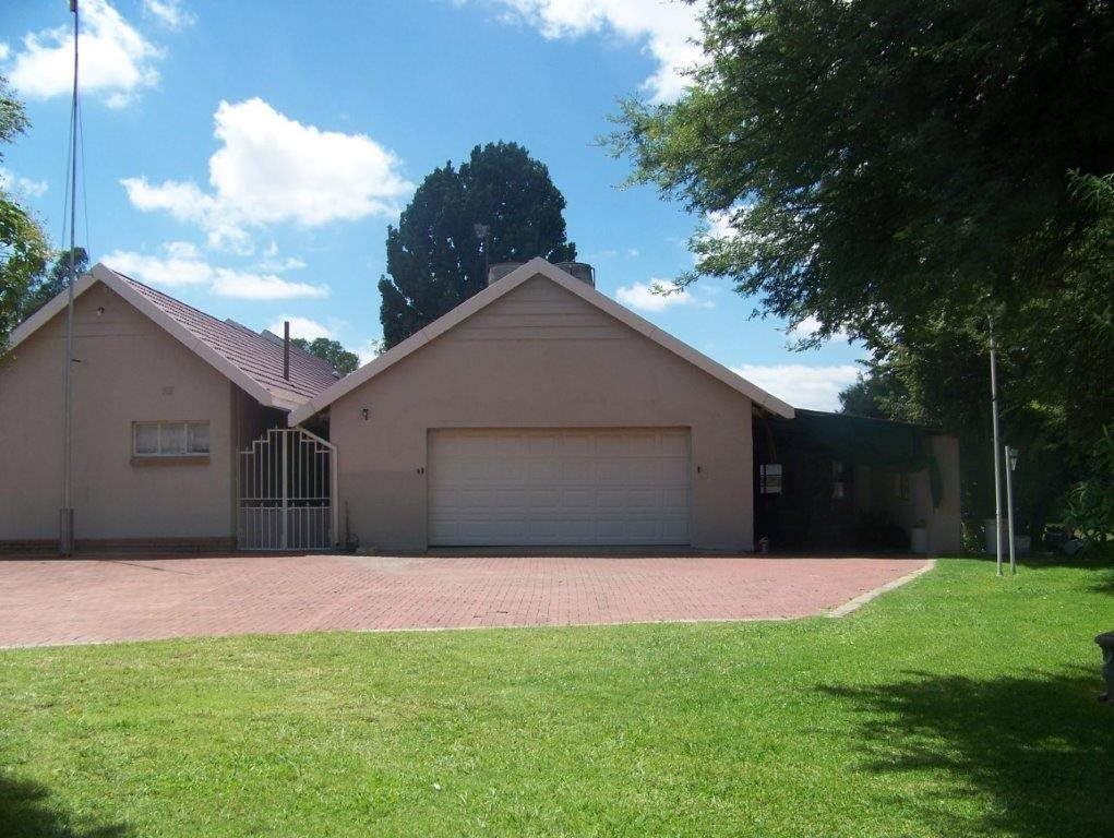 Parys property for sale. Ref No: 13554431. Picture no 11