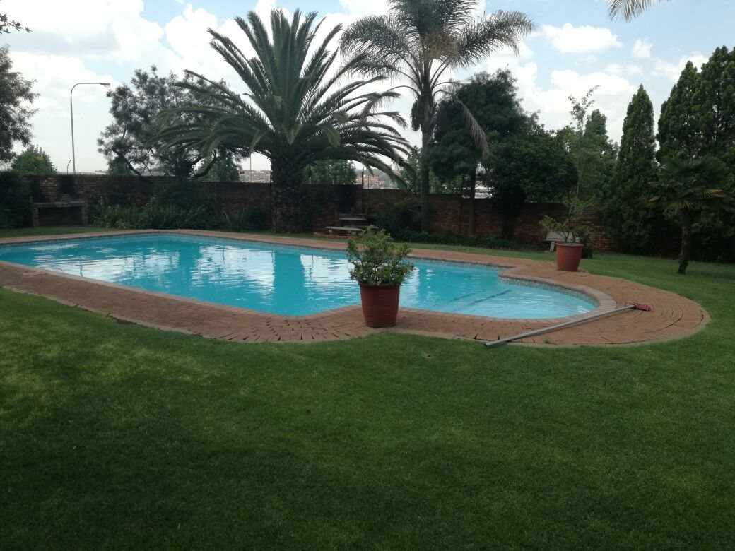 Zwartkop property for sale. Ref No: 13555163. Picture no 13