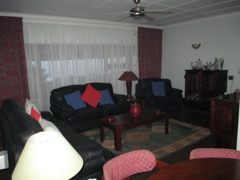 Woodgrange property for sale. Ref No: 12789832. Picture no 8