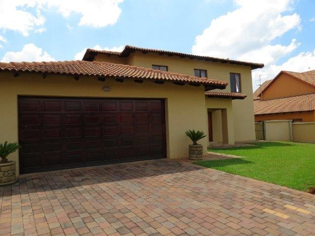 Centurion, Eldo Meadows Property  | Houses For Sale Eldo Meadows, Eldo Meadows, House 4 bedrooms property for sale Price:2,425,000