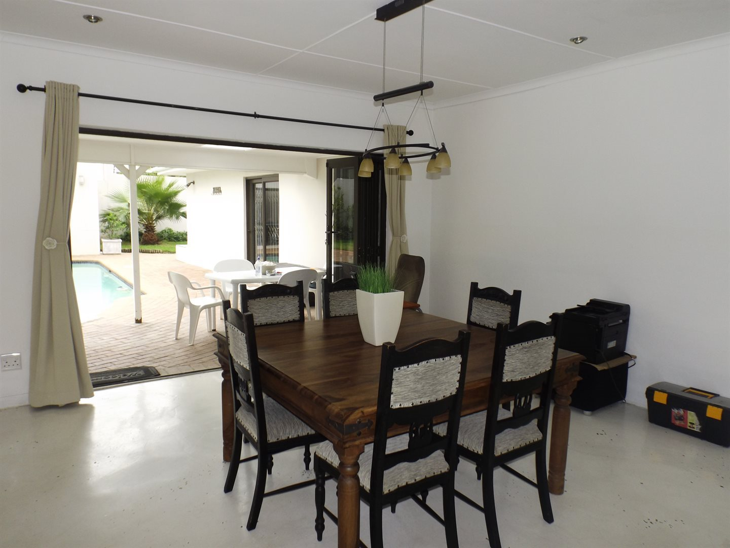 Nahoon Valley property for sale. Ref No: 13603956. Picture no 7
