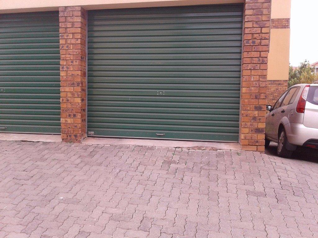 Elarduspark property for sale. Ref No: 13549856. Picture no 5