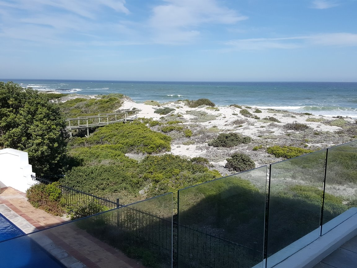 Yzerfontein property for sale. Ref No: 13437276. Picture no 23