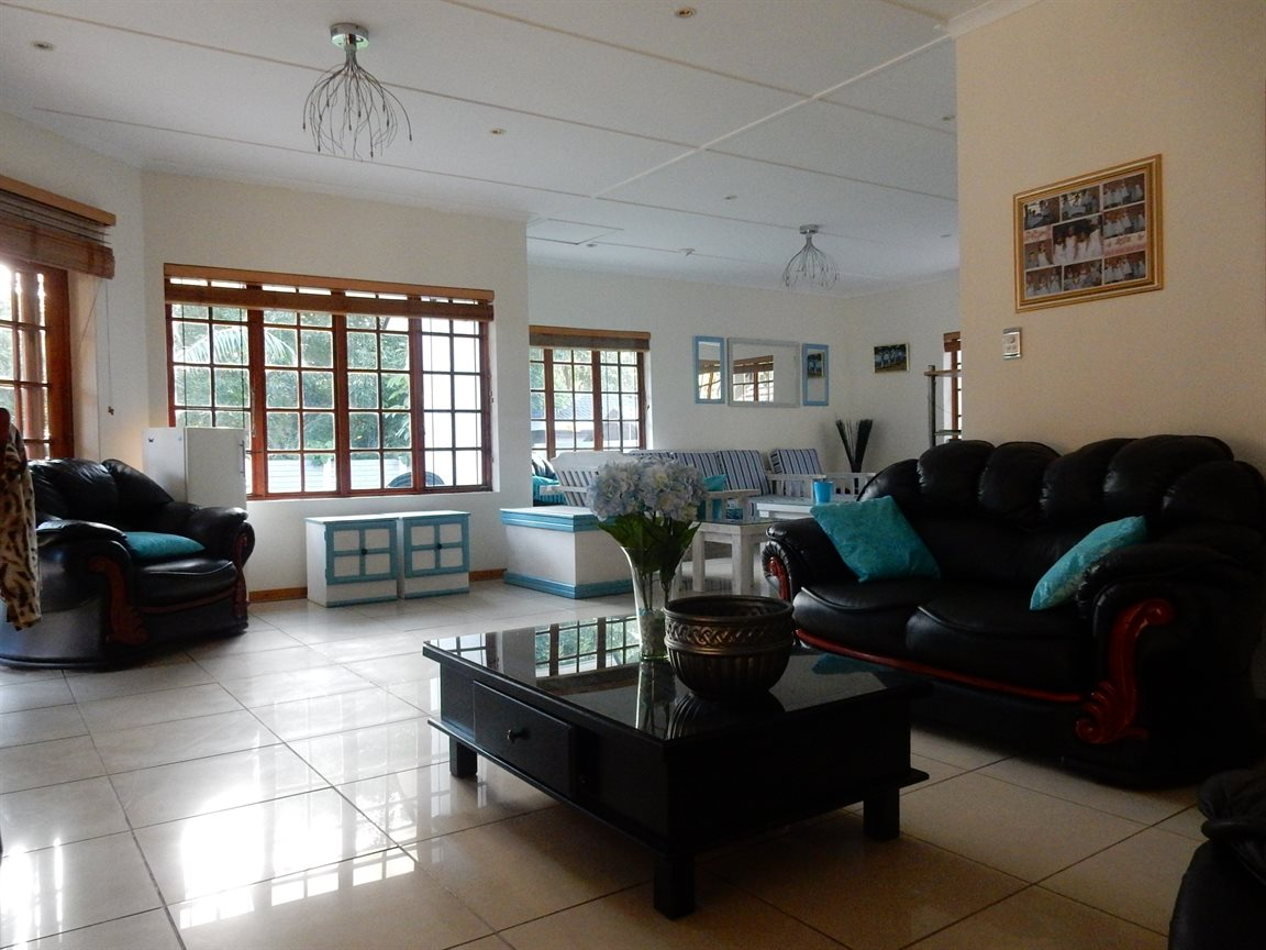 Richards Bay property to rent. Ref No: 13313246. Picture no 3
