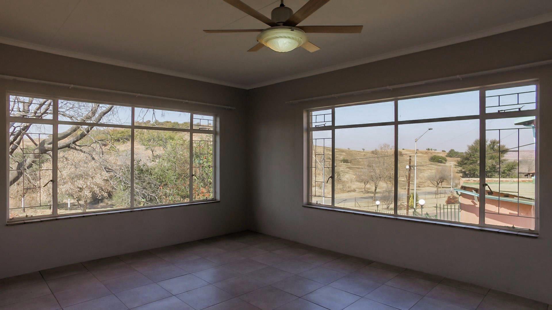 Erasmia property for sale. Ref No: 13379466. Picture no 17