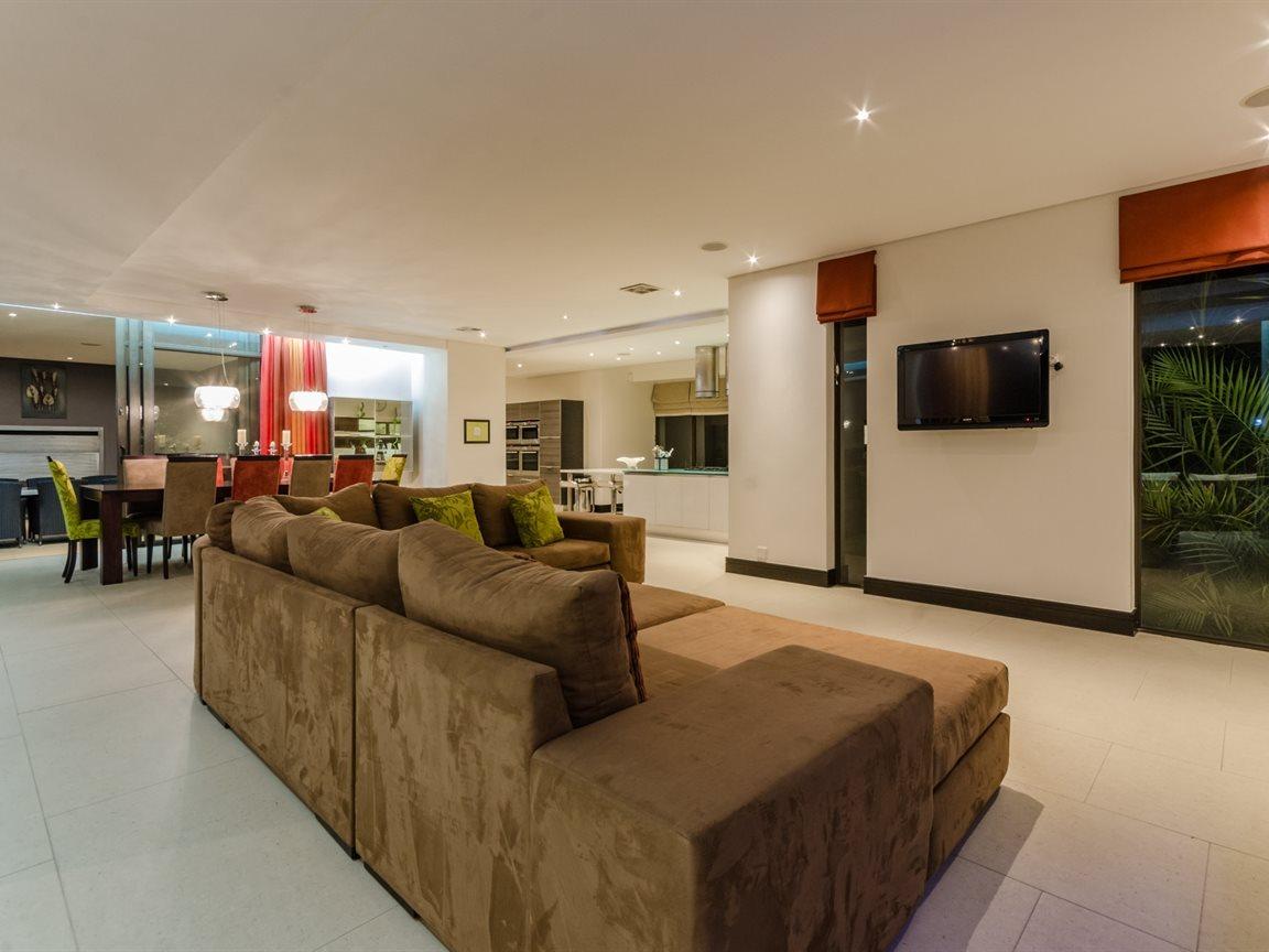 Saddlebrook Estate property for sale. Ref No: 13366494. Picture no 50