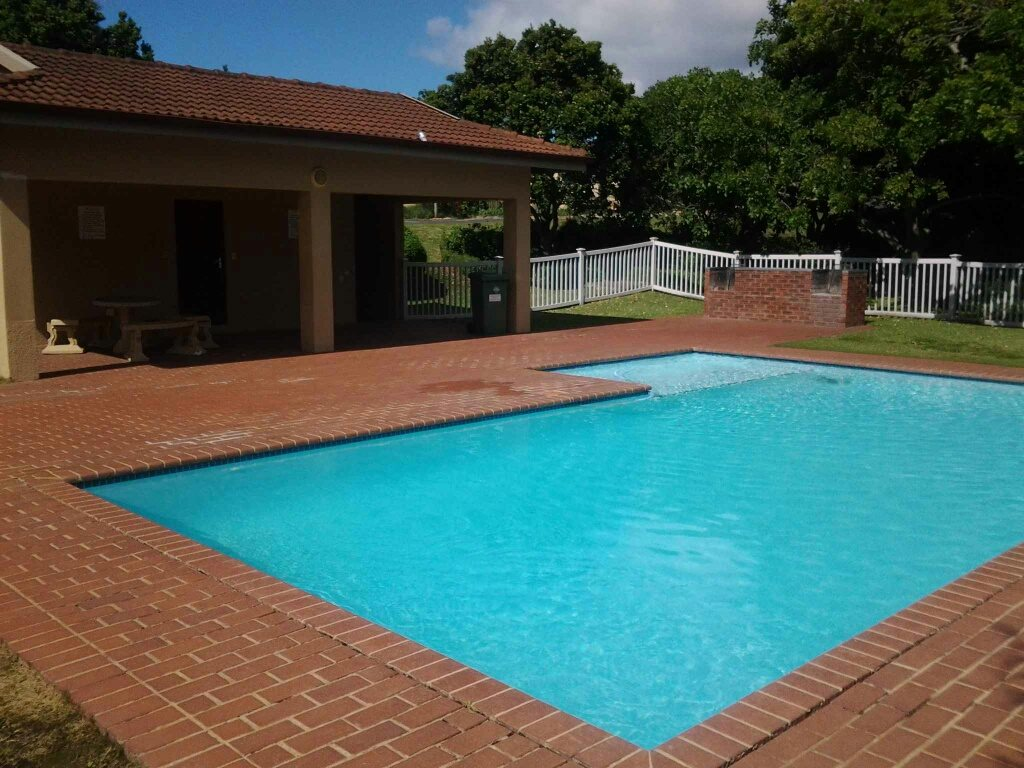 Uvongo property for sale. Ref No: 13396169. Picture no 16
