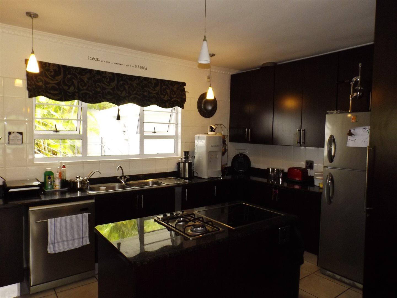 Bonnie Doone property for sale. Ref No: 13576132. Picture no 4