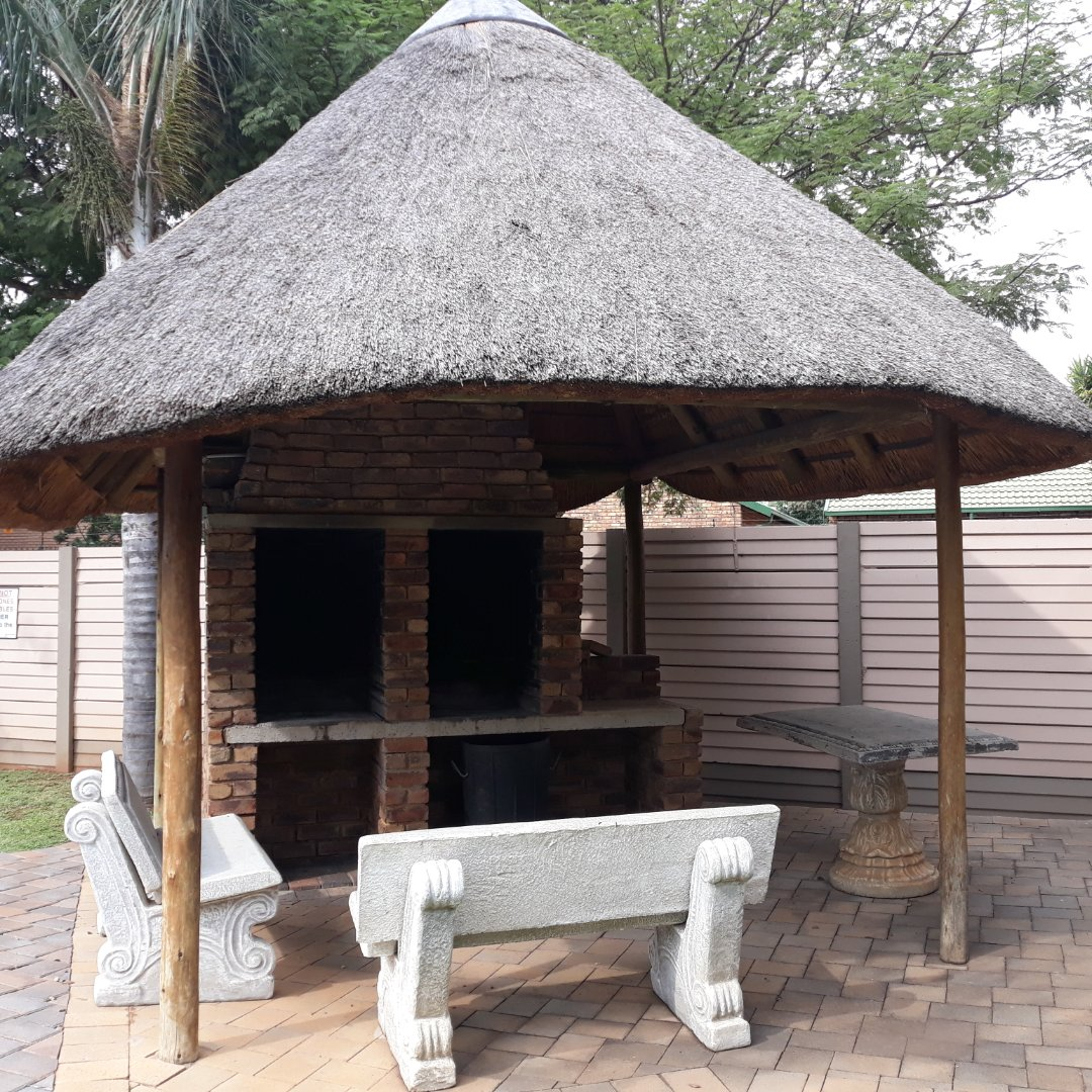 Property and Houses to rent in Gauteng - Page 2, Townhouse, 2 Bedrooms - ZAR ,  7,00*,M
