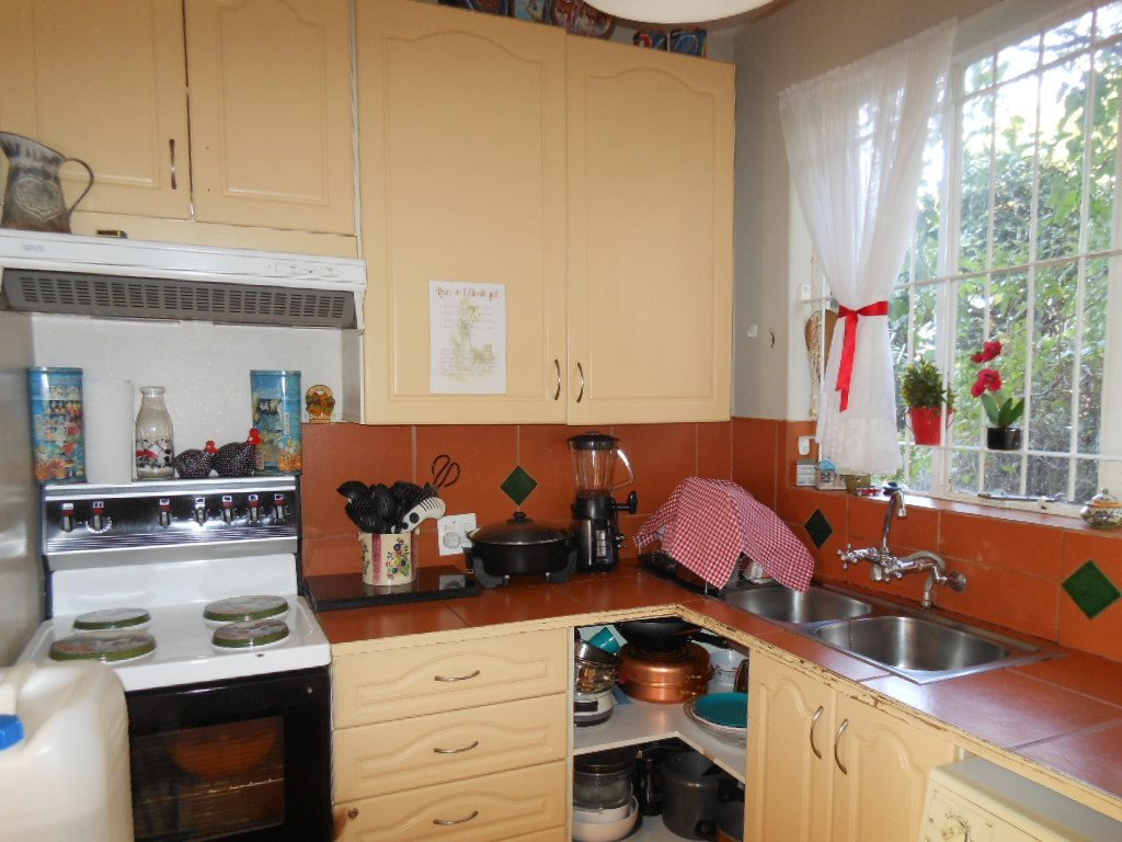 Lynnwood property for sale. Ref No: 13509651. Picture no 4