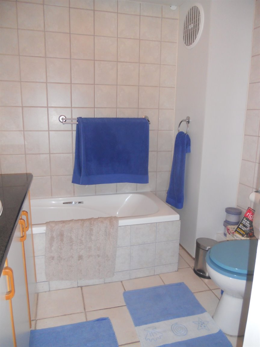 Meer En See property for sale. Ref No: 13450733. Picture no 11