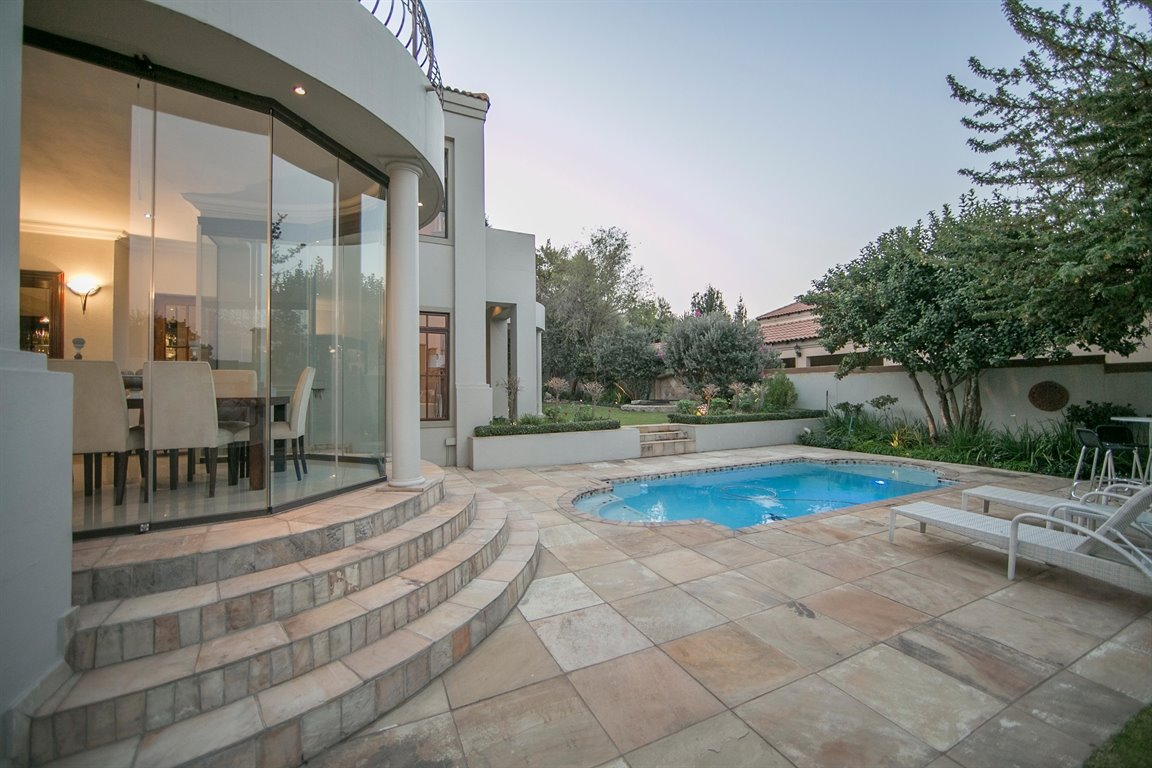 Dainfern Golf Estate property for sale. Ref No: 13290015. Picture no 3