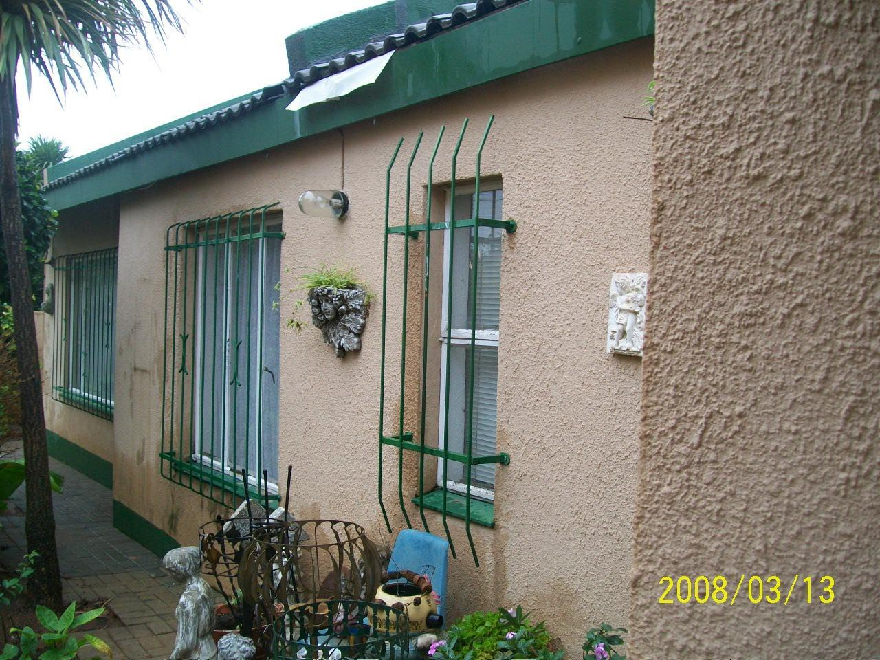 Eike Park property for sale. Ref No: 13440442. Picture no 3