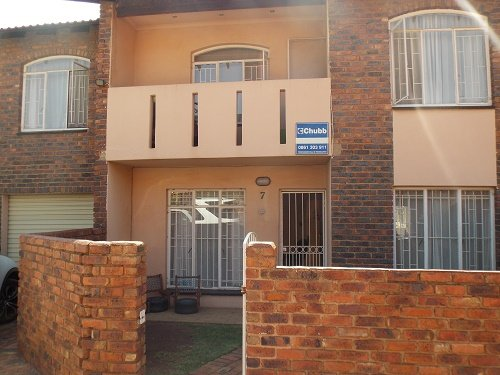 Johannesburg, Risana Property  | Houses For Sale Risana, Risana, Townhouse 3 bedrooms property for sale Price:785,000