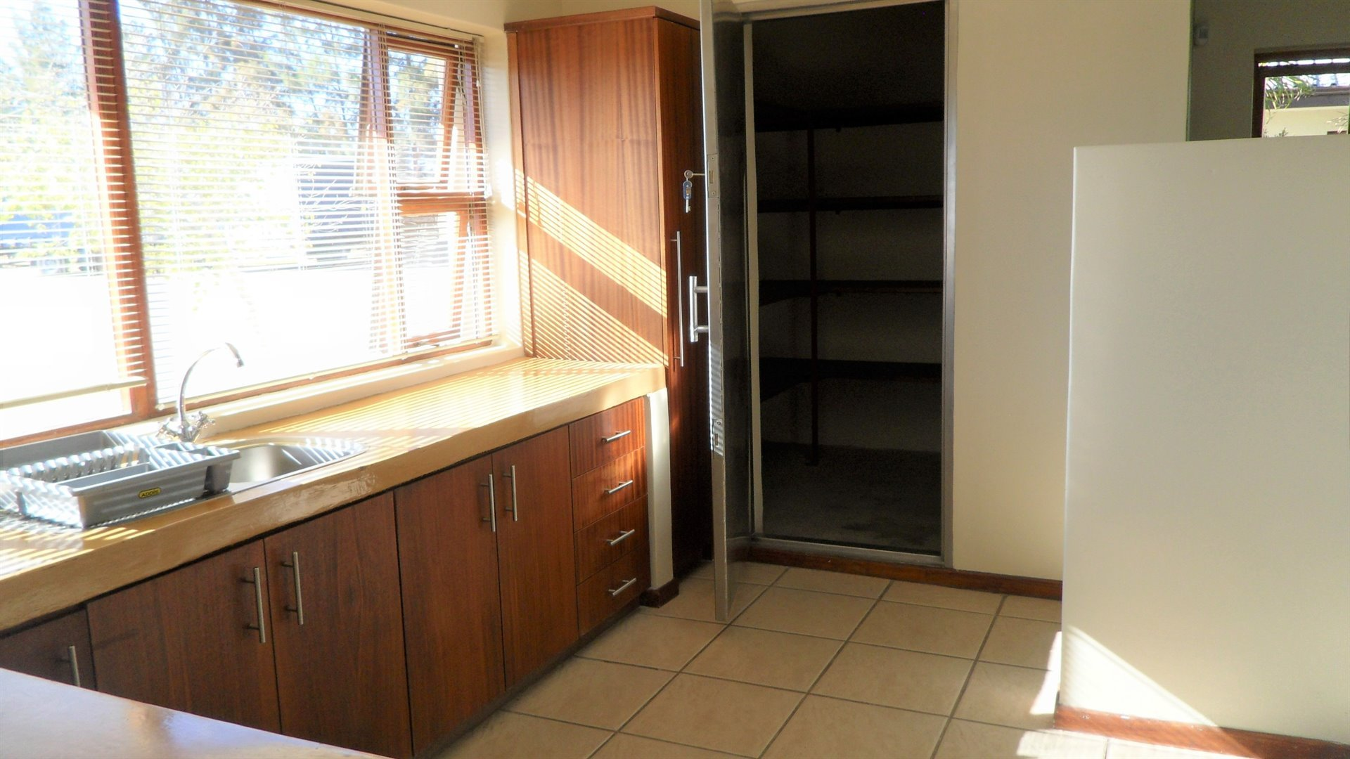 Paarl property to rent. Ref No: 13475929. Picture no 4
