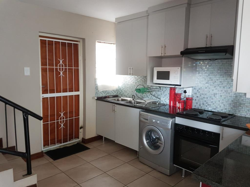 Akasia property for sale. Ref No: 13553022. Picture no 4