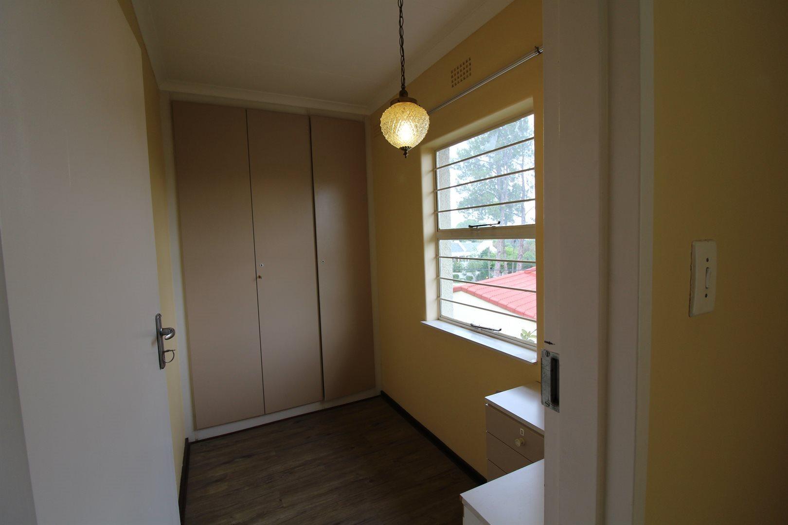 Bryanston property for sale. Ref No: 13552406. Picture no 15