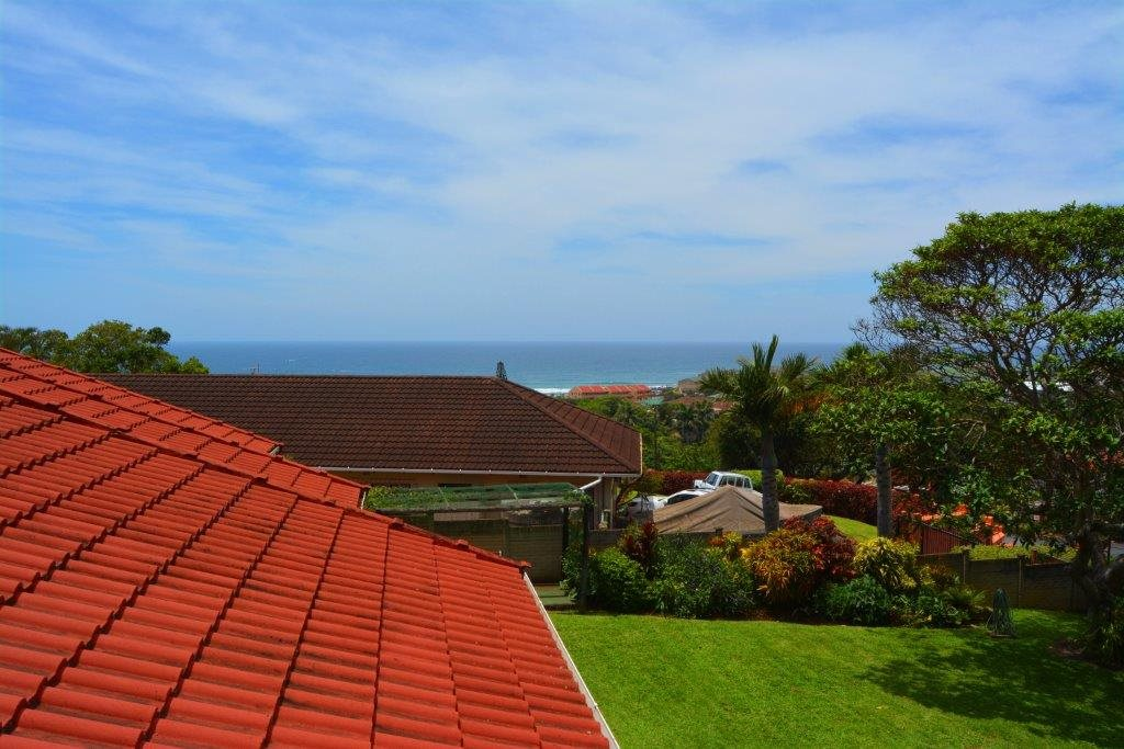 Shelly Beach property for sale. Ref No: 13283642. Picture no 25