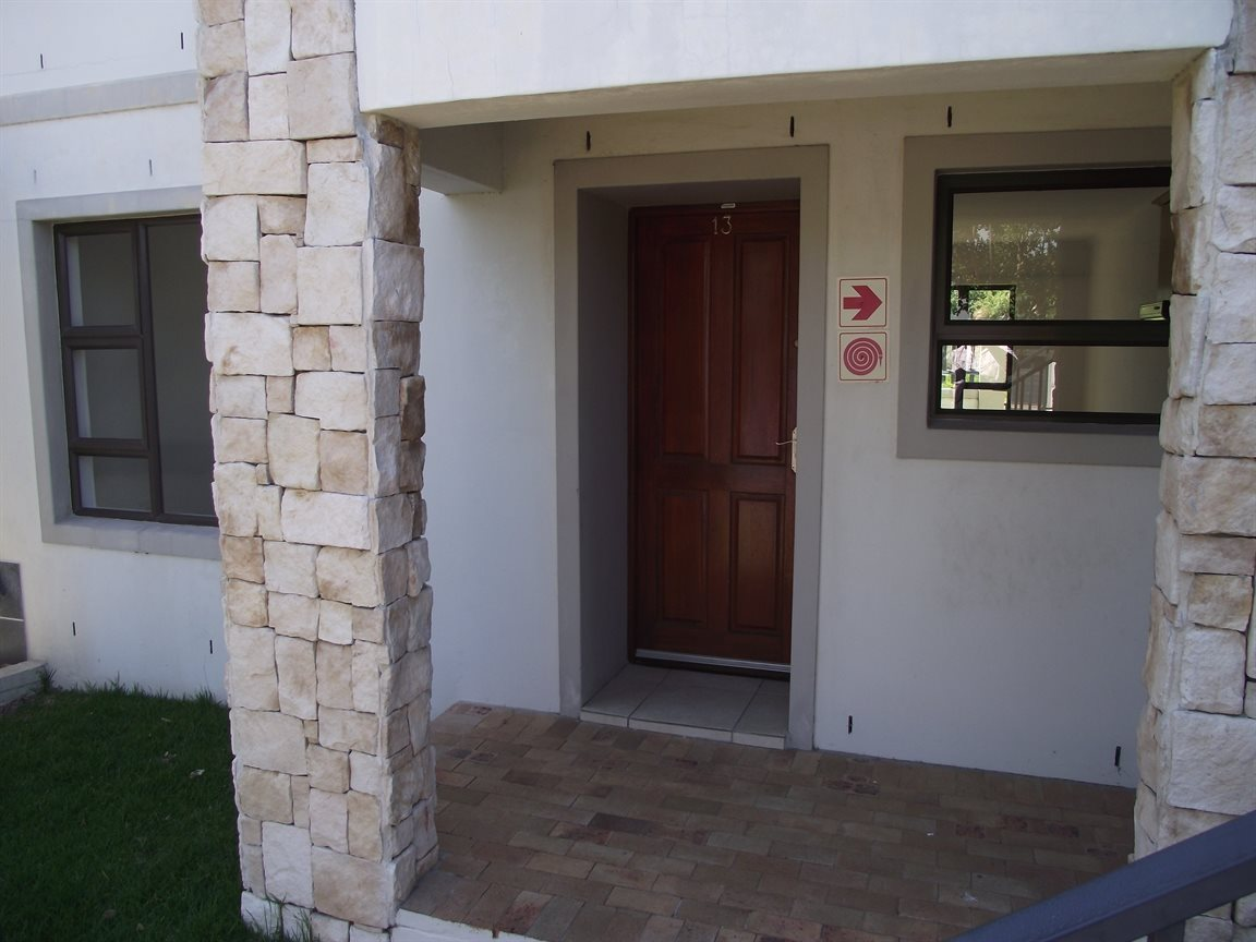 Cape Town, Burgundy Estate Property  | Houses To Rent Burgundy Estate, Burgundy Estate, Apartment 2 bedrooms property to rent Price:,  7,00*