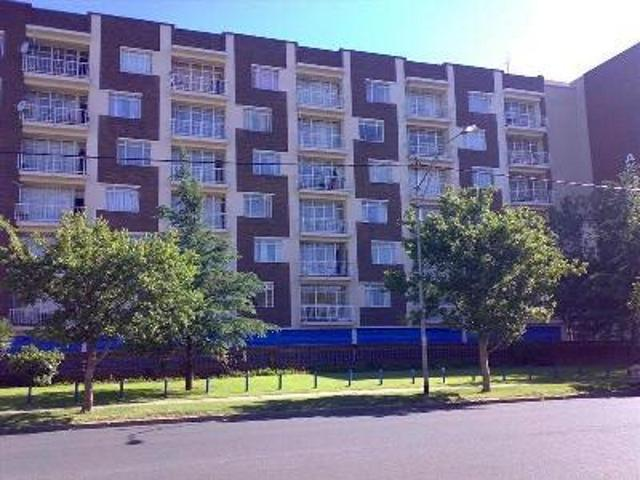 Property and Houses for sale in Gauteng - Page 1761, Apartment, 2 Bedrooms - ZAR 395,000