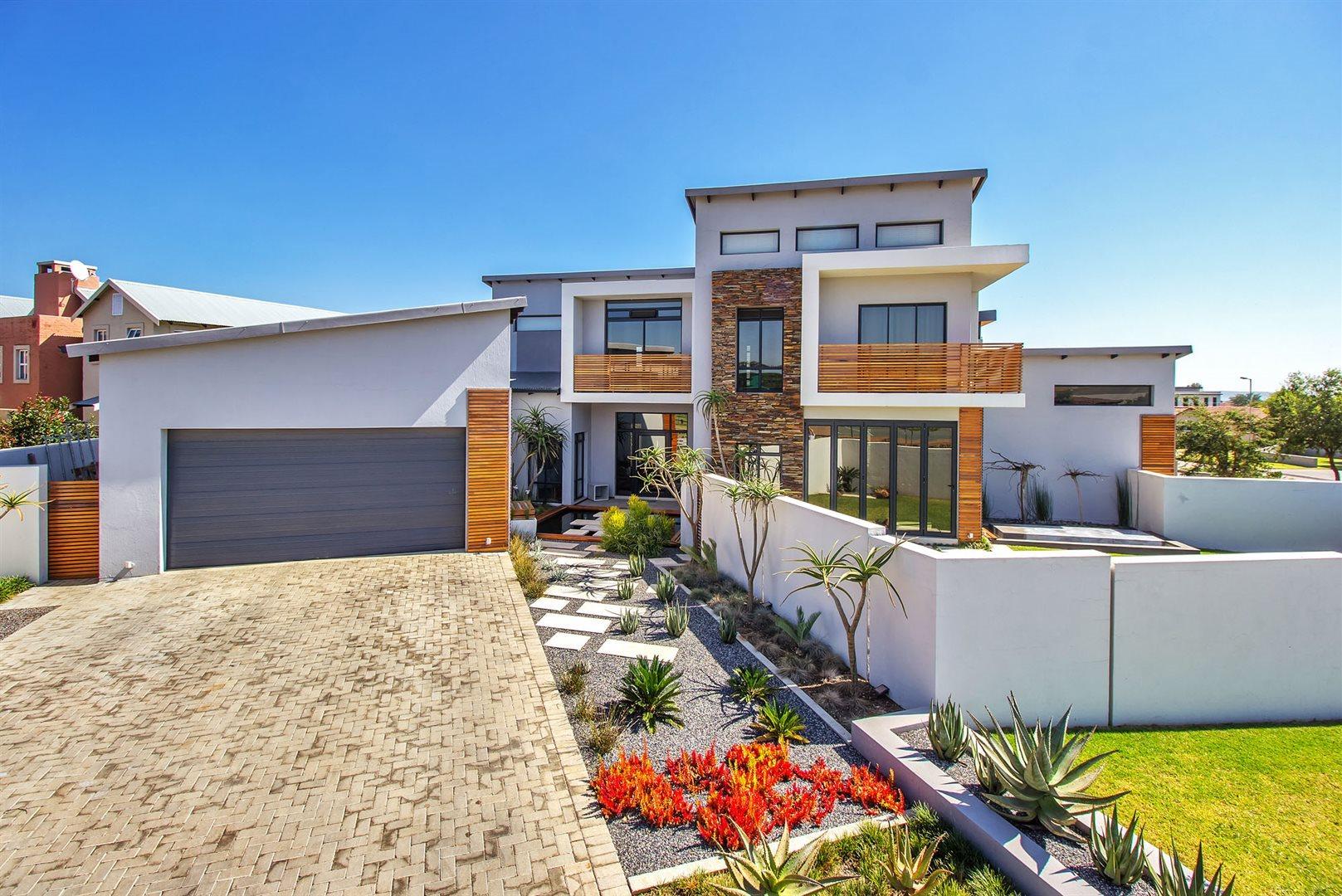 Newmark Estate property for sale. Ref No: 13475928. Picture no 24