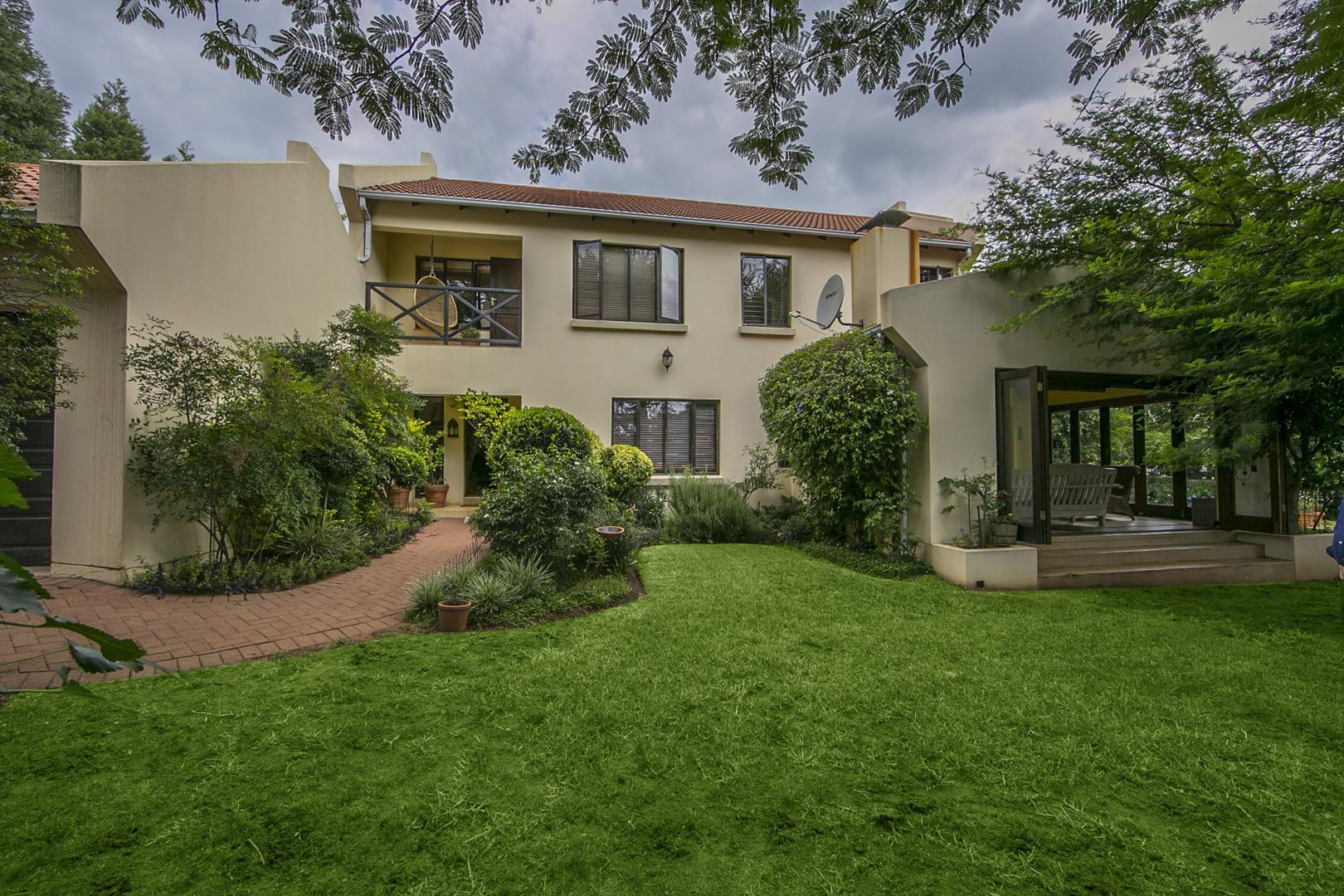 Fourways property for sale. Ref No: 13450350. Picture no 22
