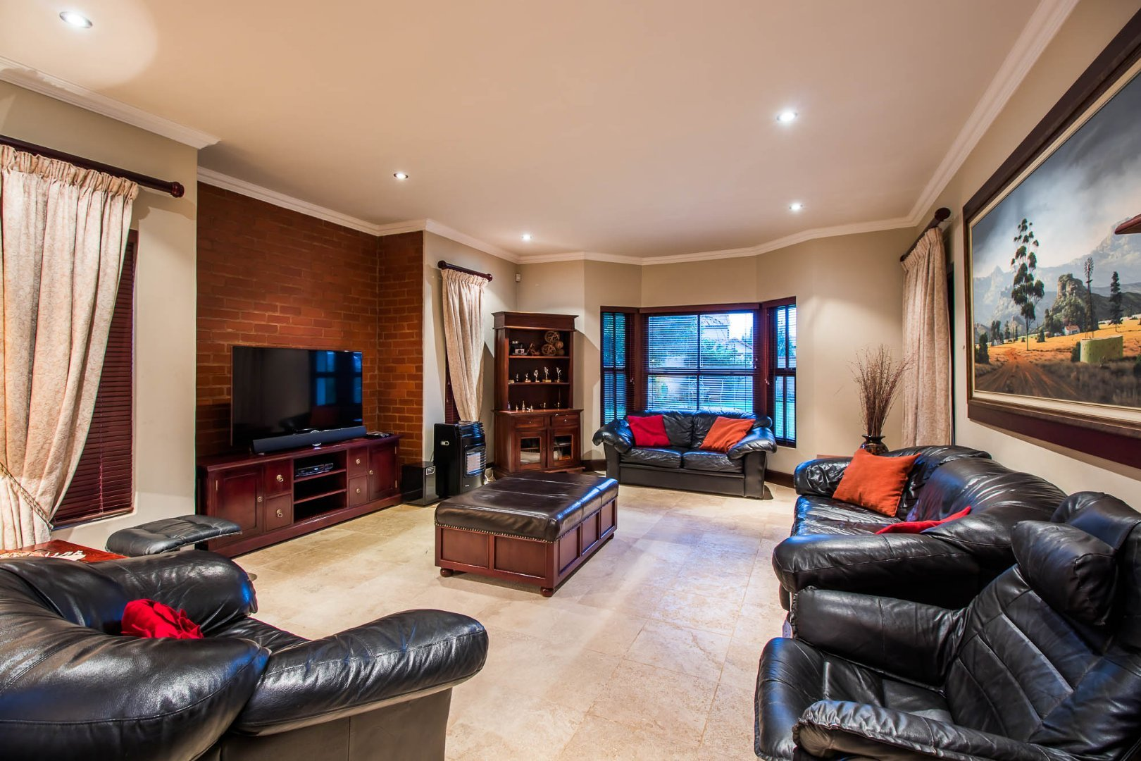 Silverwoods Country Estate property for sale. Ref No: 13677239. Picture no 4