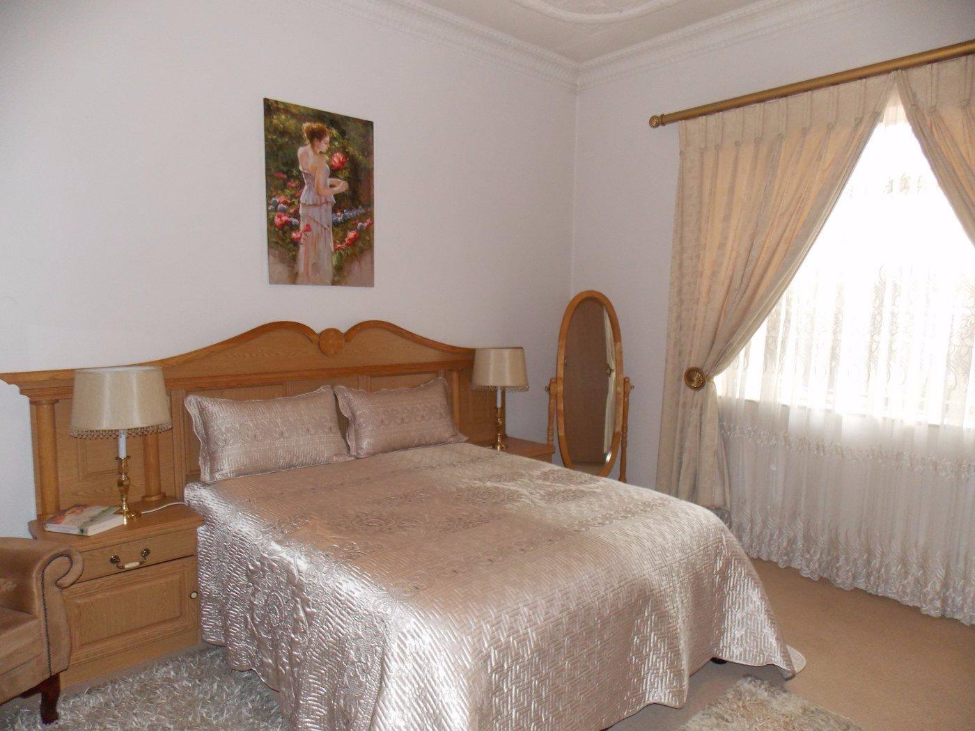 Malvern property for sale. Ref No: 13467428. Picture no 11