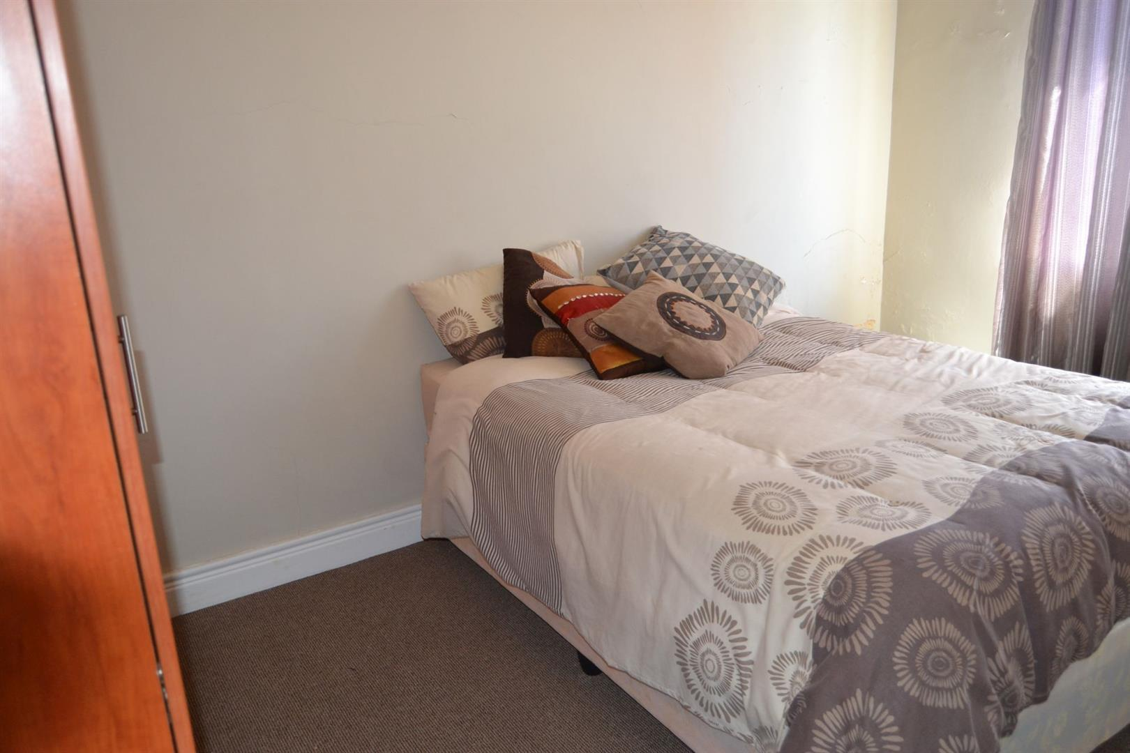 Worcester Central property for sale. Ref No: 13410617. Picture no 17